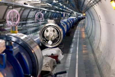"""欧洲大型强子对撞机""""强势升级"""" 亮度提升5到10倍"""