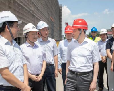 应勇实地调研上海污水、垃圾处理设施 提升末端处置能力!