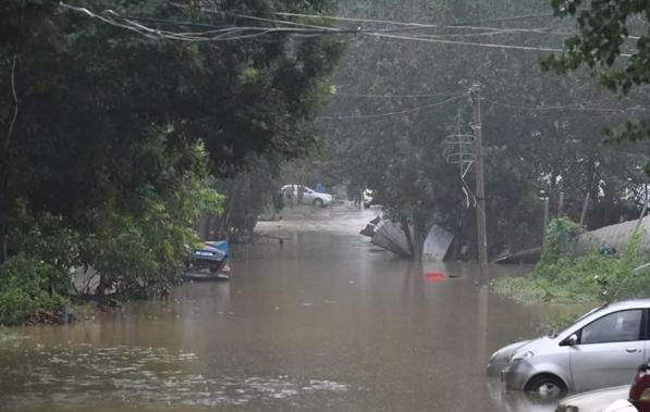 利奇马带来章丘超200年一遇强降雨 2000台套工程机械车辆投入抢险