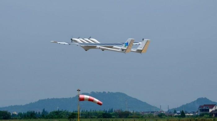 中国自主研发的中大型太阳能无人机「墨子Ⅱ」亮相沈阳