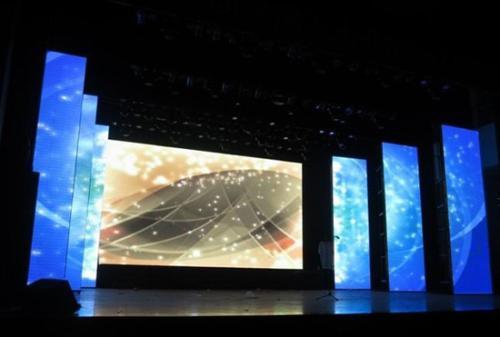 新型显示技术是小间距LED显示屏的新蓝海 海内外显示齐头并进