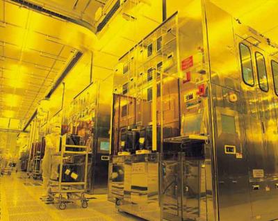 工信部:上半年电子器件制造业增加值同比增长8.3%