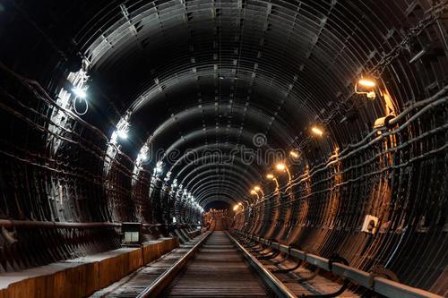 深圳供电局携手华为部署高压隧道全光承载网络