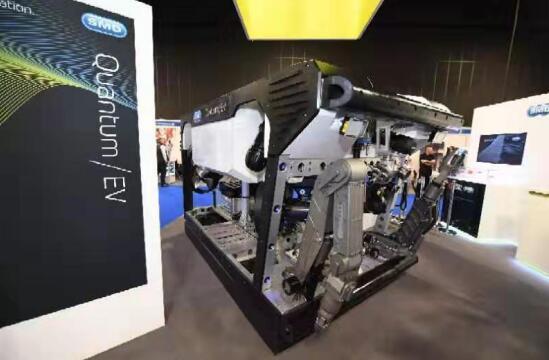 中车株洲所超级水下机器人全球首发 可下潜至6千米深海底