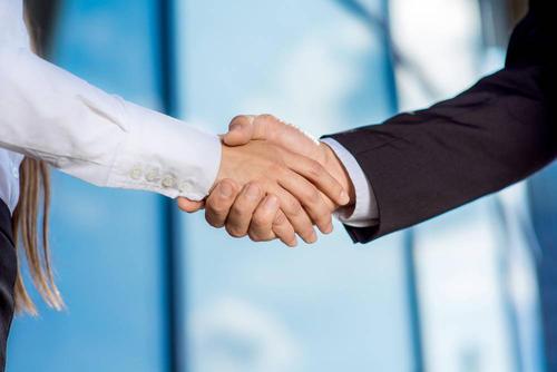 两大缝纫机龙头强强联手 标准股份与杰克股份筹划战略合作