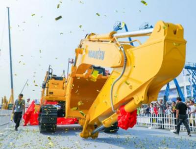 小松隆重发布全新挖掘机50吨-10M0挖机 10M0家族又一力作