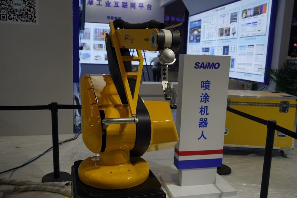 一大波机器人来袭!长三角150余家机器人企业参展工博会