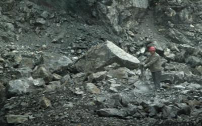 鐵礦石價格暴漲暴跌之謎 期貨惹的禍?