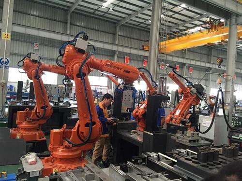 制造业细分板块建立核心产业合作链 向产业链中高端迈进