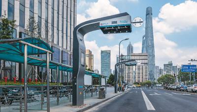 超級電容公交在滬投運:快充技術世界首創 充電3分鐘續航10公里