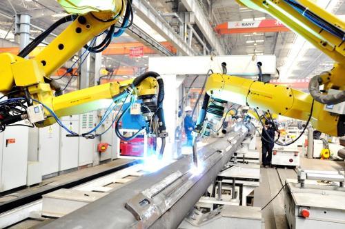 华工科技打造越南首条汽车激光自动化焊接生产线