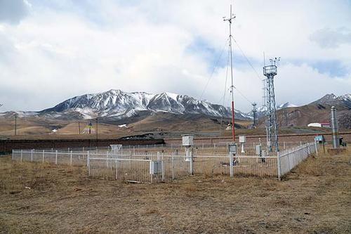 铁塔智联与气象探测中心签约 共助气象观测的研究发展