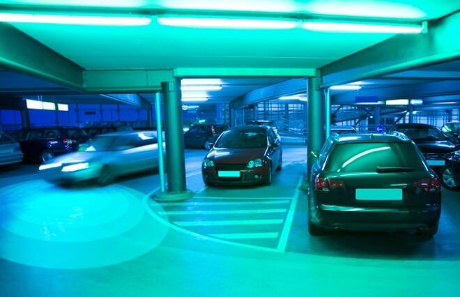 MIT开发全新探测感知系统 可识别车辆拐角处移动物体