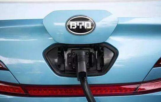 比亚迪连续四个月销量下降 与丰田成立合资电动车研发公司