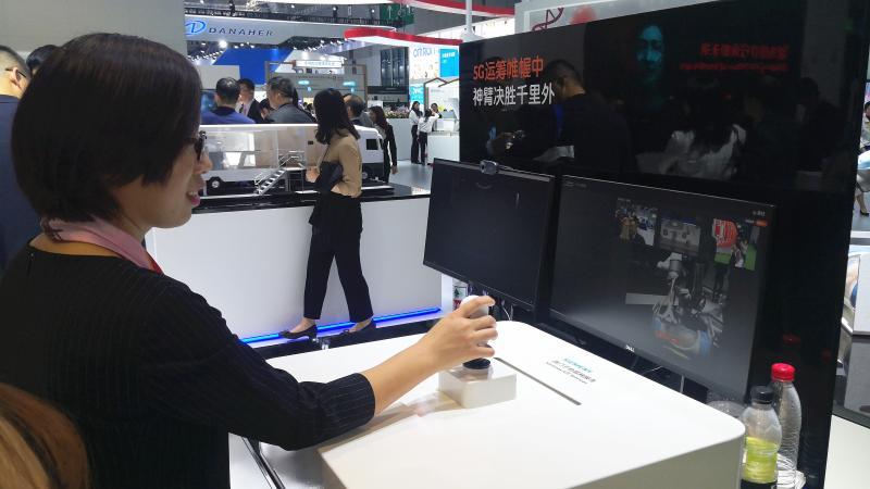 千里之外的超声机器人轻松遥控 西门子5G远程超声系统全球首次亮相