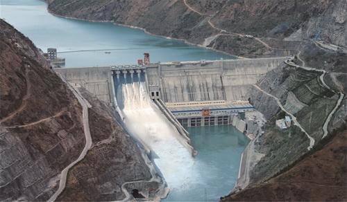 """""""世界最大民营水电站""""股权再被卖 4.6亿拍卖7.5亿股"""