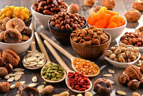 云南省抢滩澳洲坚果市场 分选设备打好基础促发展