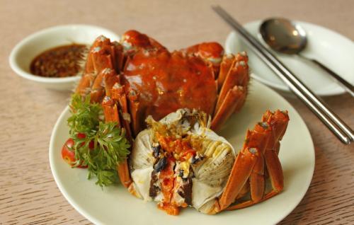 阳澄湖被央视质疑蟹污染 苏州市委要求明年全面禁止冰鲜鱼投喂
