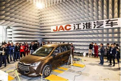"""中国汽车工业70年进化密码解读:技术创新是""""发动机"""""""
