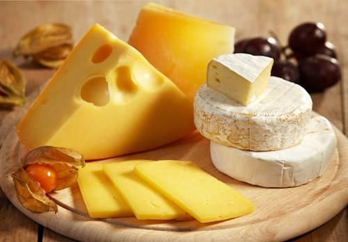 奶中黄金市场规模将超百亿,伊利等纷纷加码乳业新宠奶酪