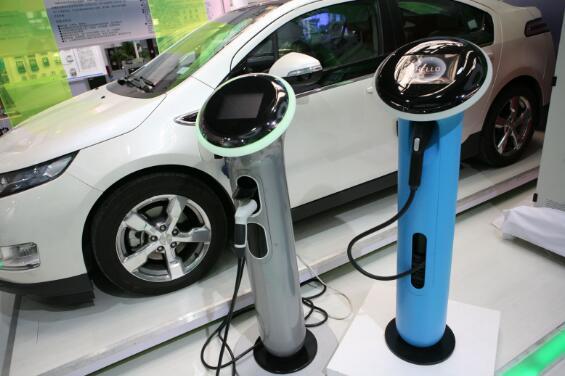 全球电气化浪潮下 汽车零部件巨头纷纷转战布局新能源
