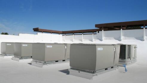 锂价一路下跌不看好 钱江摩托宣布停止投建动力锂电池项目