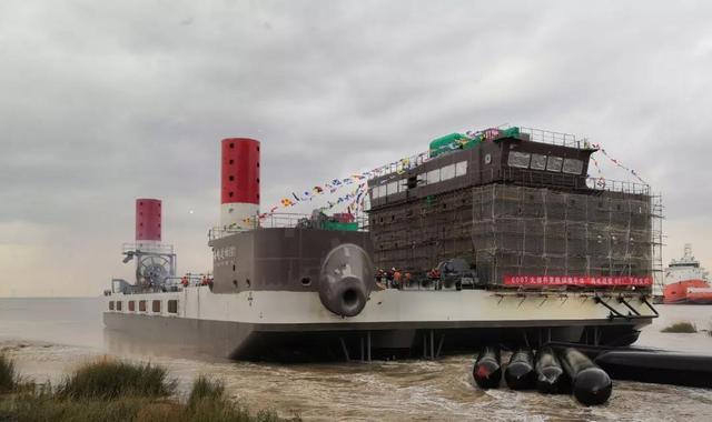 福建600吨自升式海上风电大部件更换运维平台顺利下水