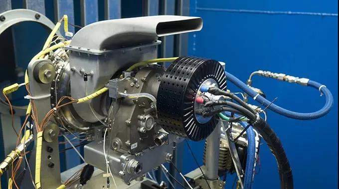 UAVT宣布开发出微型涡轮发电机技术用于电动无人机