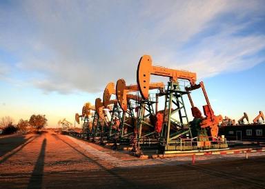 9个月50家油气企业申请破产!美国油市霸业之路杀戮再起