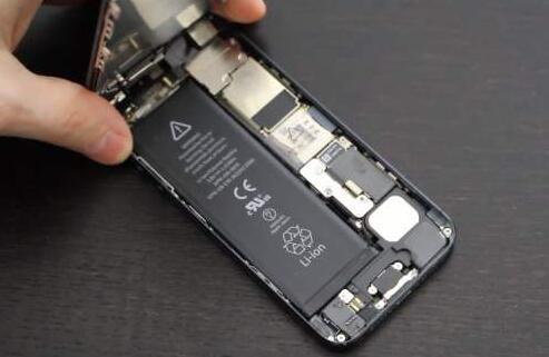 2020年苹果或将使用新型锂电池 增强iPhone续航时间