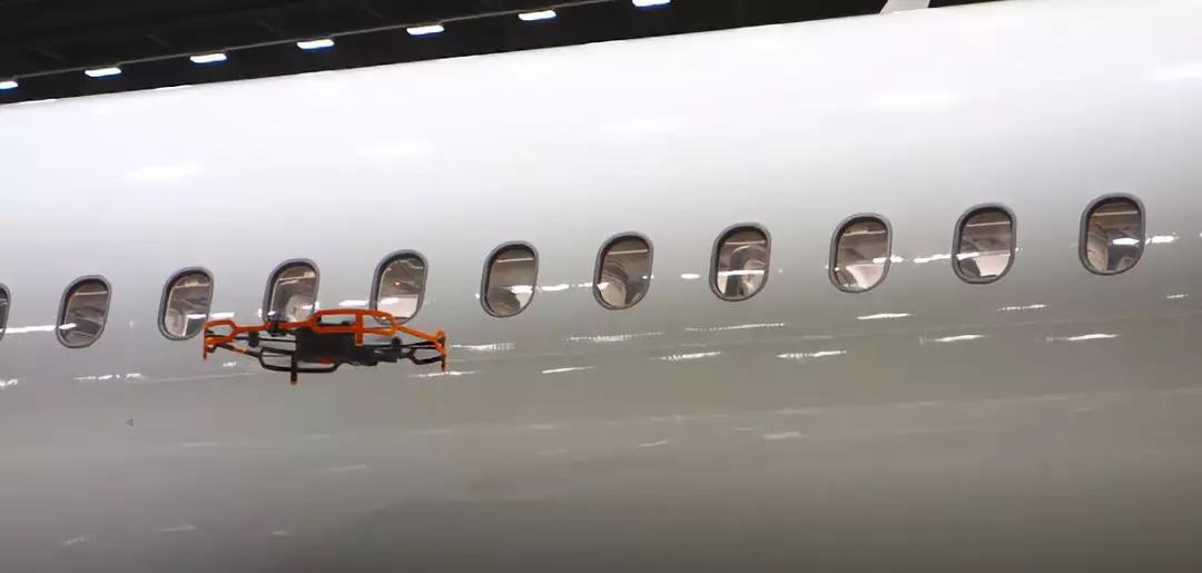Donecle与南美最大航空集团合作 投入无人机进行飞机外观检测