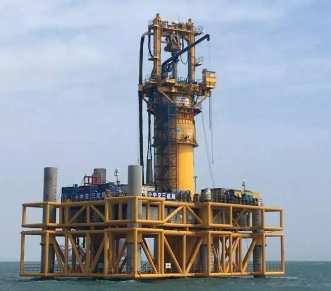 新突破!国内海上风电领域最大直径单桩嵌岩平台顺利开钻