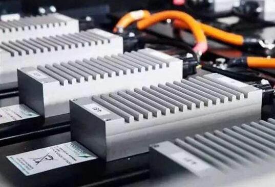 日本利用工业硅纳米颗粒制成新型硅负极 有望大规模用于全固态电池