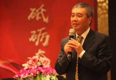 恒逸集团邱建林之子任董事长 石化巨头持续扩张负债达600亿