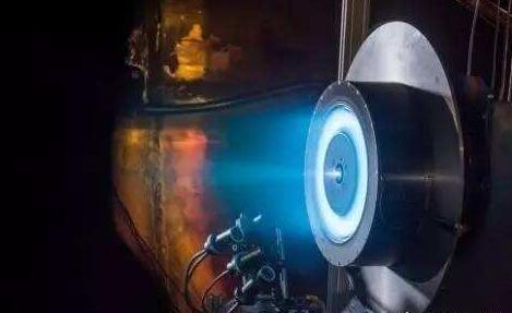 """中国首款牛级霍尔推力器成功点火 自制电推力器迈进""""牛""""级时代"""