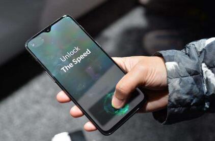 苹果或将启用屏下指纹技术 真全面屏iPhone很快面世!