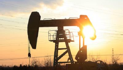 美股大跌致油价再跌5% 疫情之下警惕油气行业或迎大寒冬