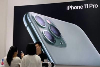 纽约iPhone11库存即将售罄:智能手机行业今年销售量堪忧