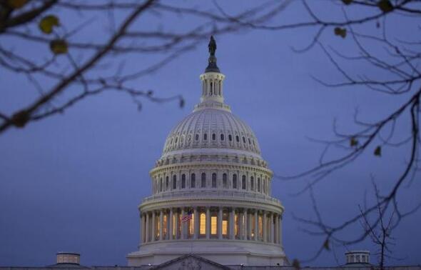 美通过史上最大规模经济刺激法案 2万亿美元能否挽救萧条的经济?