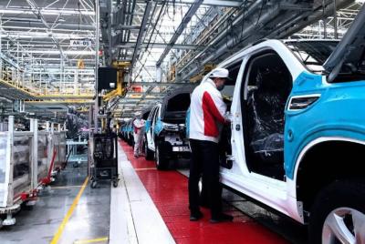 全球超百家汽车工厂关停 汽车涂料市场何去何从?