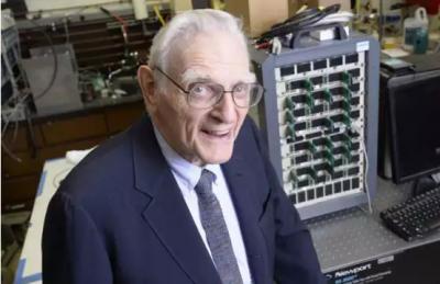 锂电池之父John Goodenough研制新型钠-玻璃快充电池,能储存3倍电量