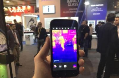 自带热成像仪!日企发布能测量零下20至400度的智能手机