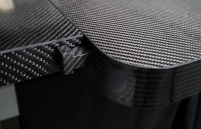 波兰公司推出适用于外科手术的碳纤维手术台系统