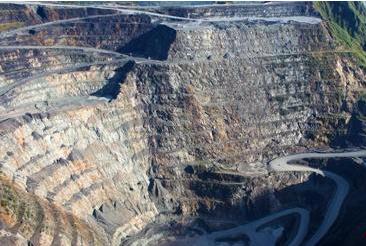 紫金矿业国外最大金矿面临停产,每年将损失8吨黄金