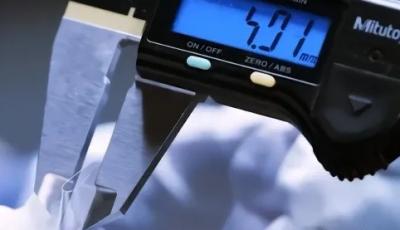 肖特发布赛绚Flex超薄柔性玻璃 曲半径低于2毫米比头发丝还细