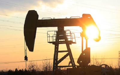 时隔两月原油首次突破30美元/桶 国内油价会上调吗