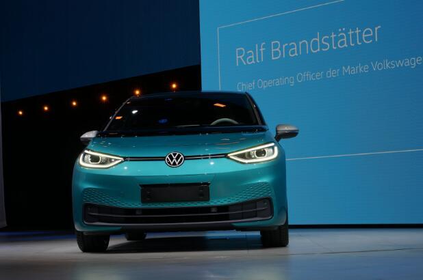 大众汽车将更改经销商营销模式 提升ID系列电动汽车销量