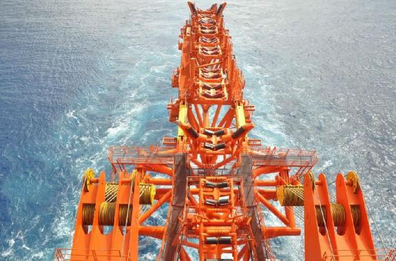 我国海底管线铺设再创新纪录!深水油气资源开发能力再获新突破