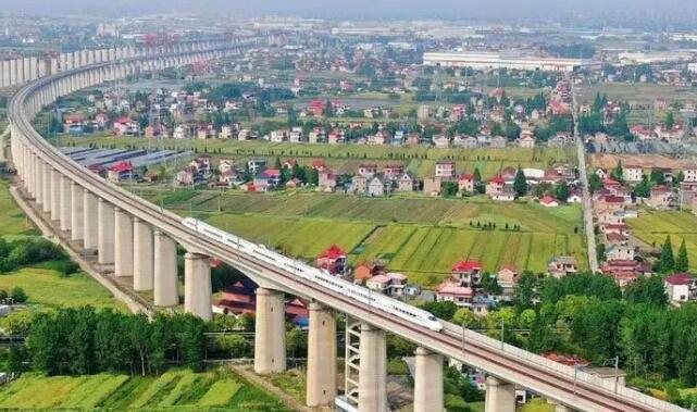 沪苏通铁路正式定名 7月1日起通车