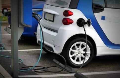 为何纯电动汽车技术要比燃料电池汽车技术领先?
